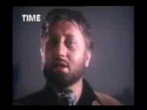 Aaina Mujhse Meri Pehli see surat ( Daddy 1991 ) - YouTube